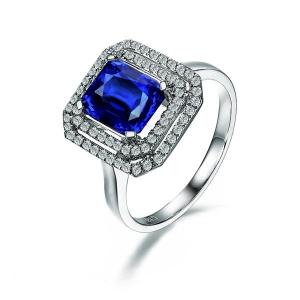 0.69克拉蓝宝石钻石戒指