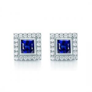 1.84克拉蓝宝石 44分钻石耳钉