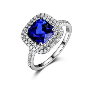 1.15克拉蓝宝石 40分钻石戒指