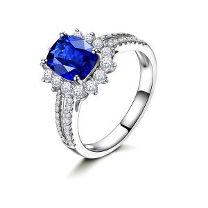 2.200克拉蓝宝石 49分钻石戒指