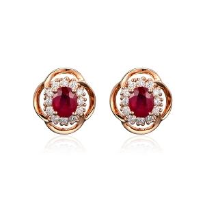 0.89克拉红宝石钻石耳钉