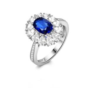 4.82克拉蓝宝石 2.125克拉白蓝宝钻石戒指