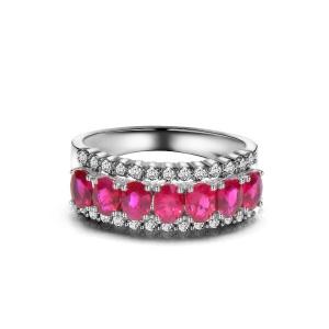 1.350克拉红宝石钻石戒指