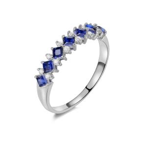 蓝宝石钻石戒指