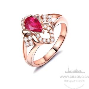 1.05克拉无烧红宝石钻石戒指