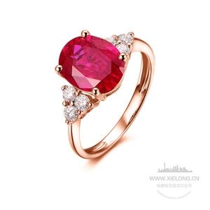 1.040克拉鸽血红红宝石钻石戒指