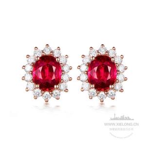 0.990克拉红宝石钻石耳钉