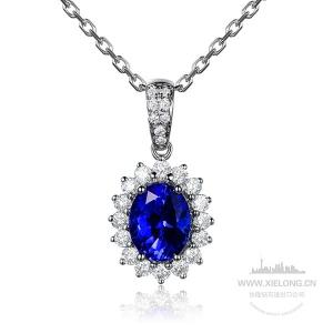1.125克拉蓝宝石钻石吊坠