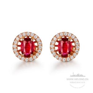 0.600克拉红宝石钻石耳钉